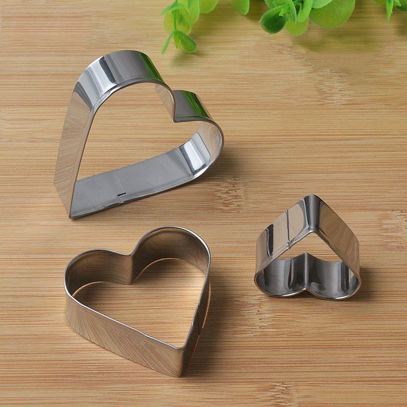 2359 Комплект метални форми за сладки сърца резци за тесто сърце, 3 броя